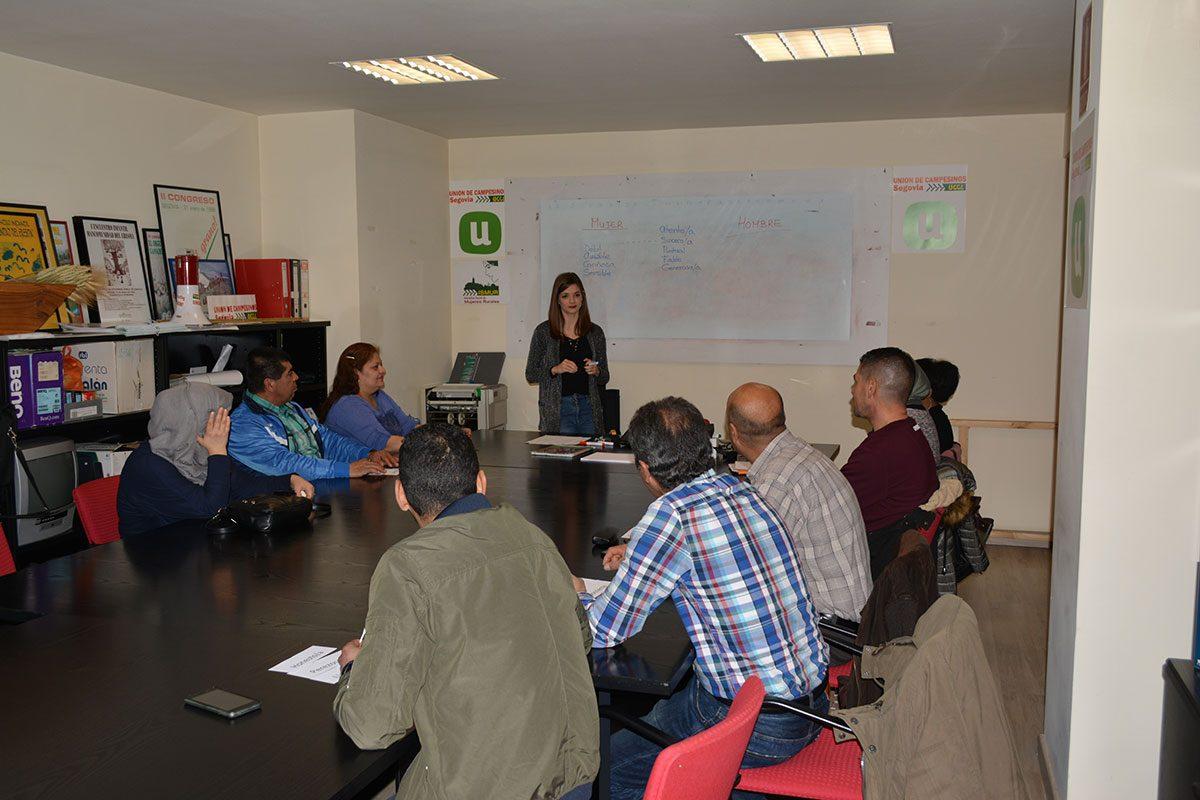 UN MEDIO RURAL PARA VIVIR - Charla para la prevención de la Violencia de Género - Segovia